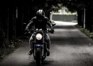 Motorcycling-5-Tips-Every-Beginner-Can-Use